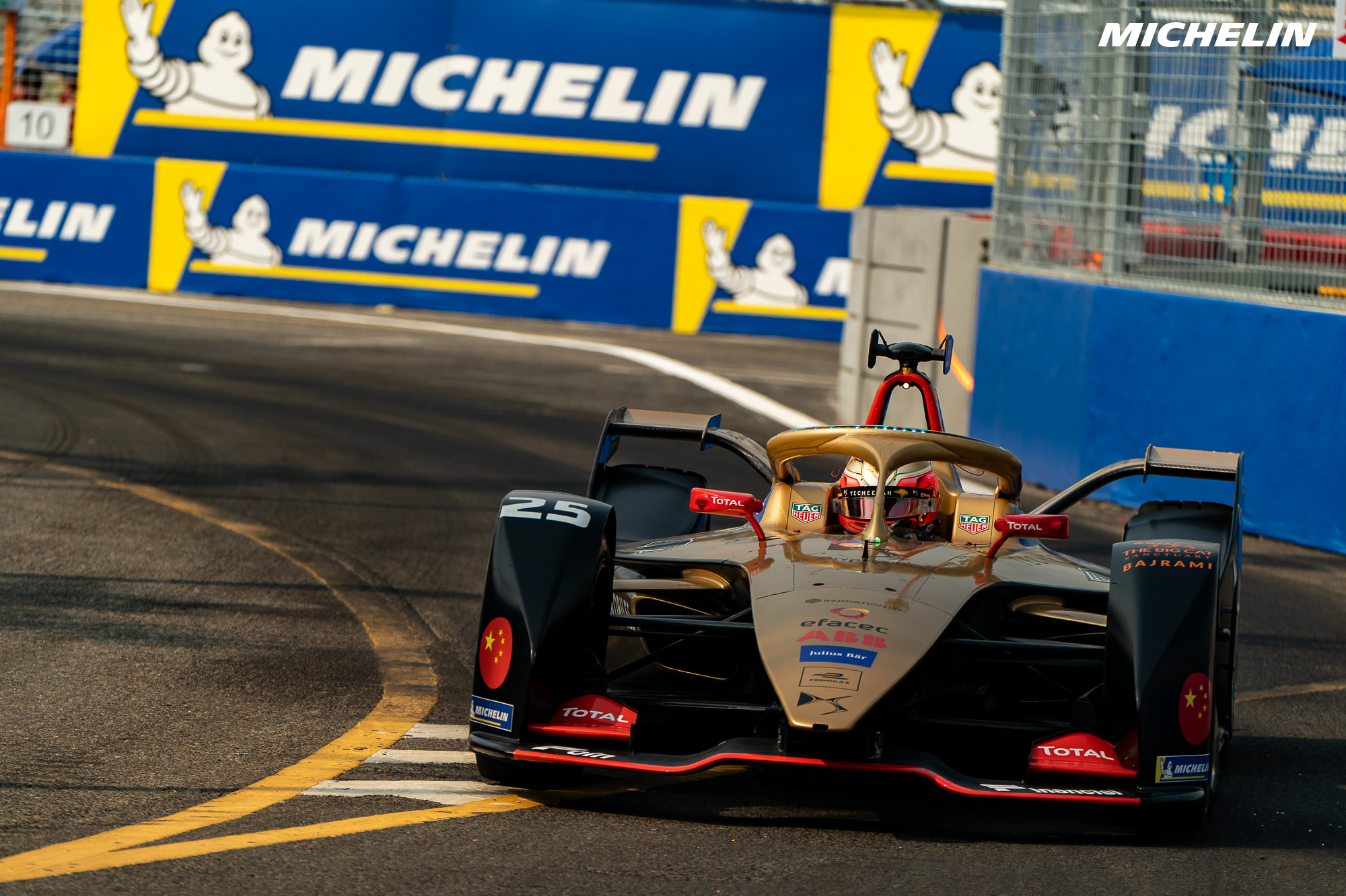 Jean-Eric Vergne returns to winning ways